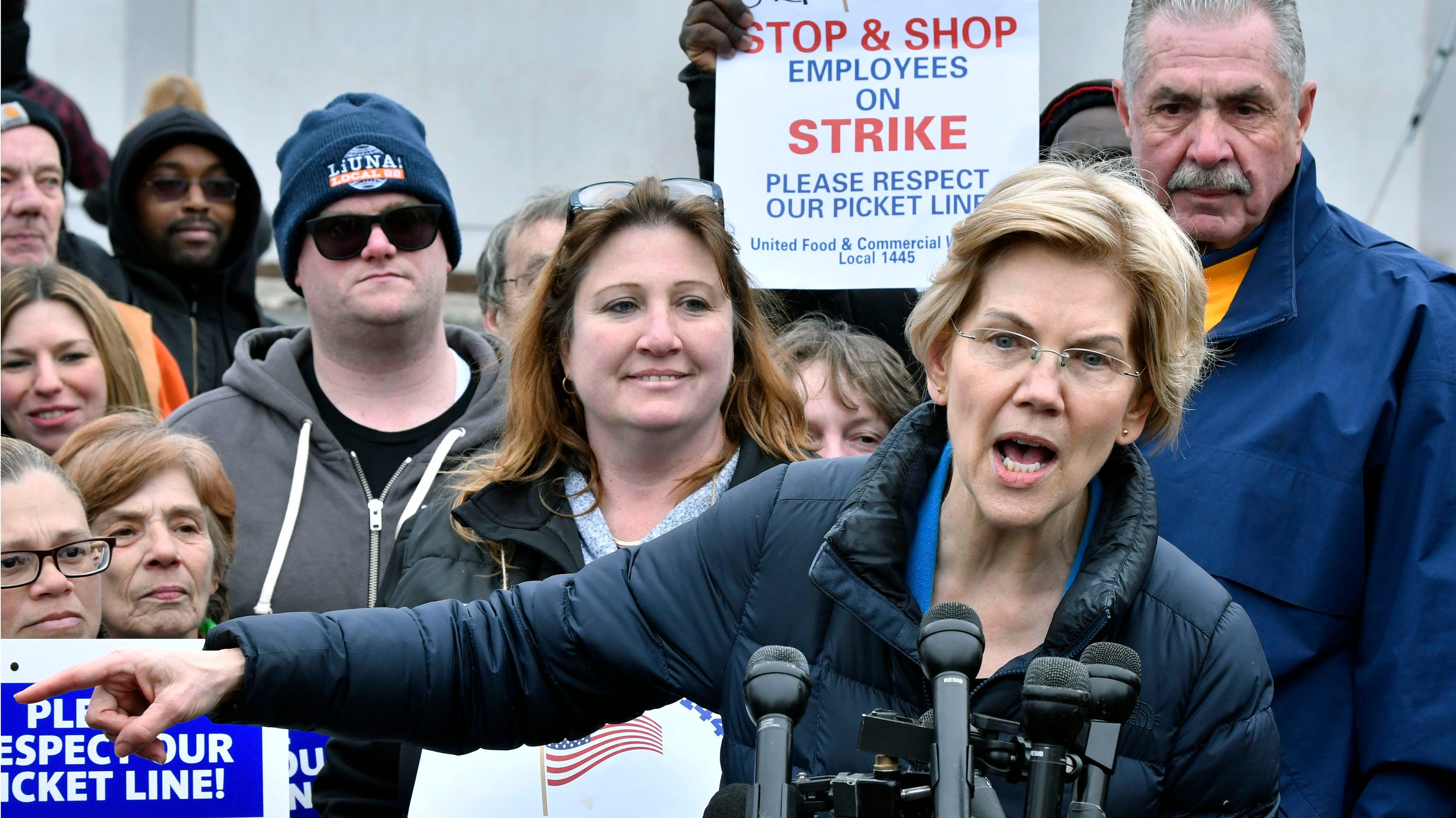 Elizabeth Warren's plan for student loan forgiveness: Don't bank on it