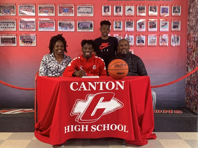 Canton's Vinson Sigmon signed his national letter of intent Thursday to play basketball at Wisconsin Parkside.