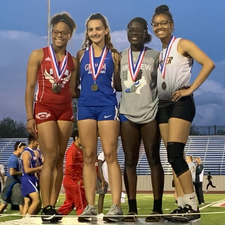 AREA TRACK: Lake View sends four qualifiers to regional track meet