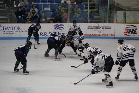 Shreveport and Lone Star resume their NAHL South Division series Friday on George's Pond.