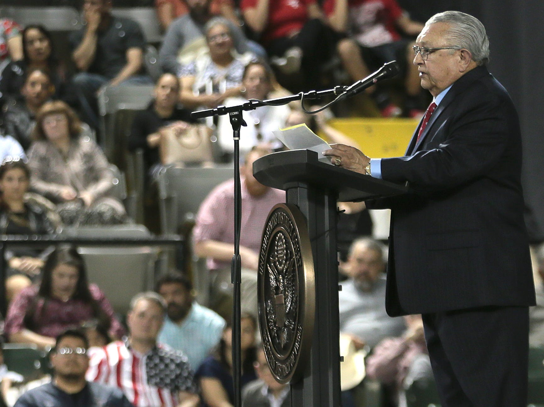 El Paso businessman Joe Gomez delivers the keynote speech to 740 new citizens Thursday at the El Paso County Coliseum.