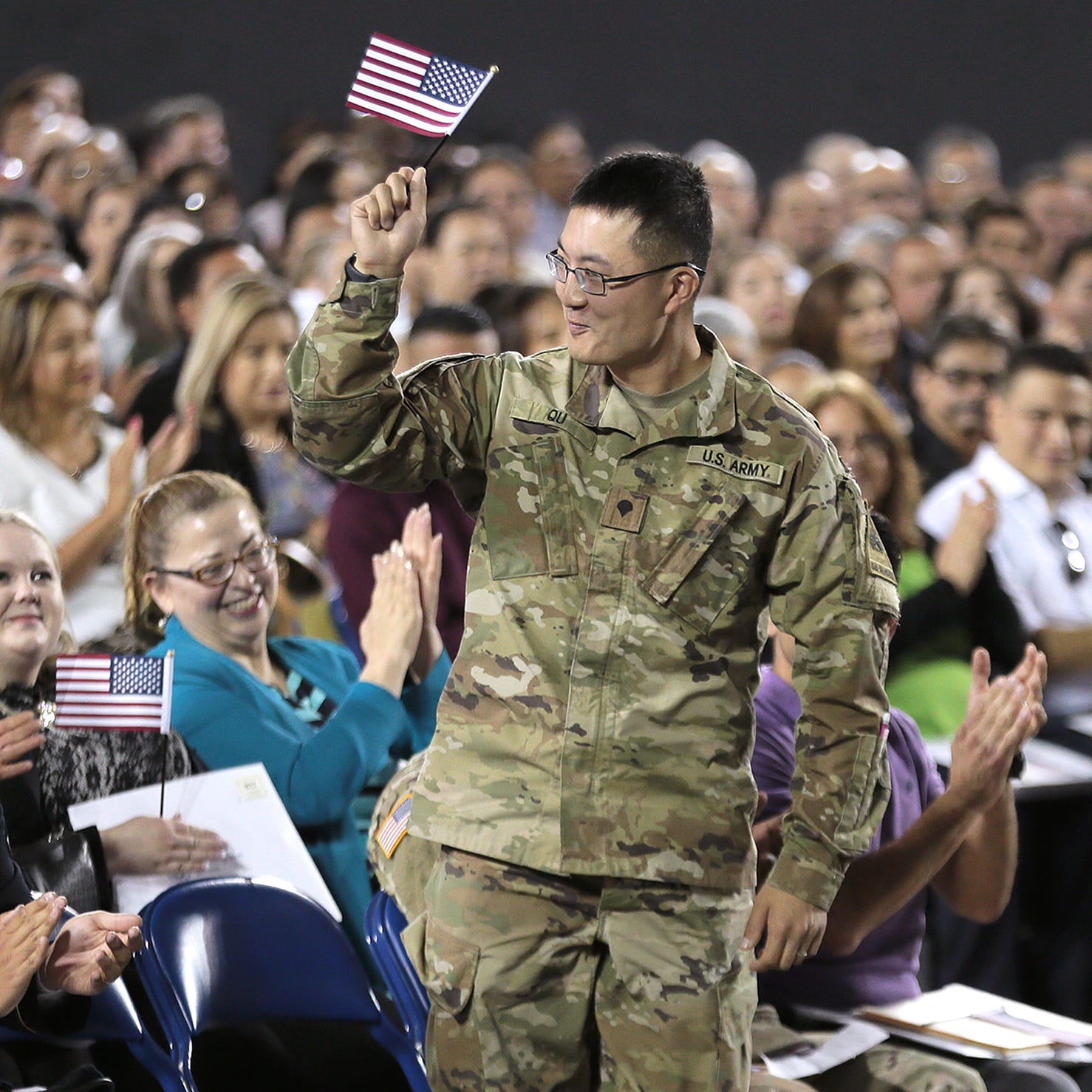 More than 700 immigrants become U.S. citizens at El Paso County Coliseum