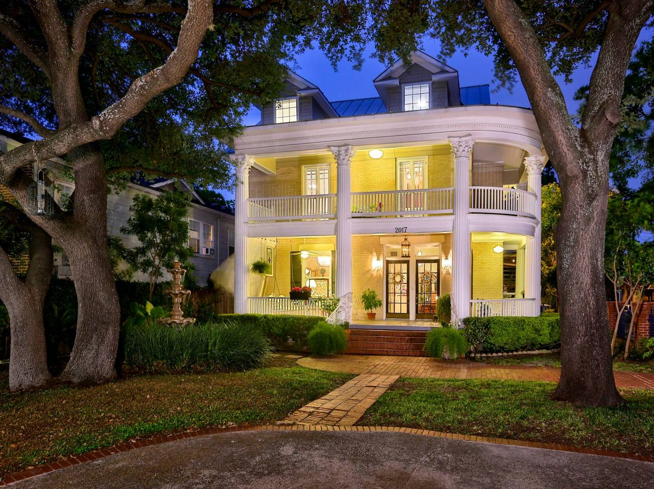 This historic three-story mansion, built in 1910, is located nearby a lush park in San Antonio, Texas. It is only a two-mile drive from the Riverwalk and the Alamo.