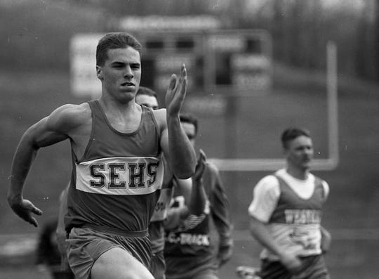 Southeastern's Bob Lalumondier at the Pioneer Invitational in 1993.