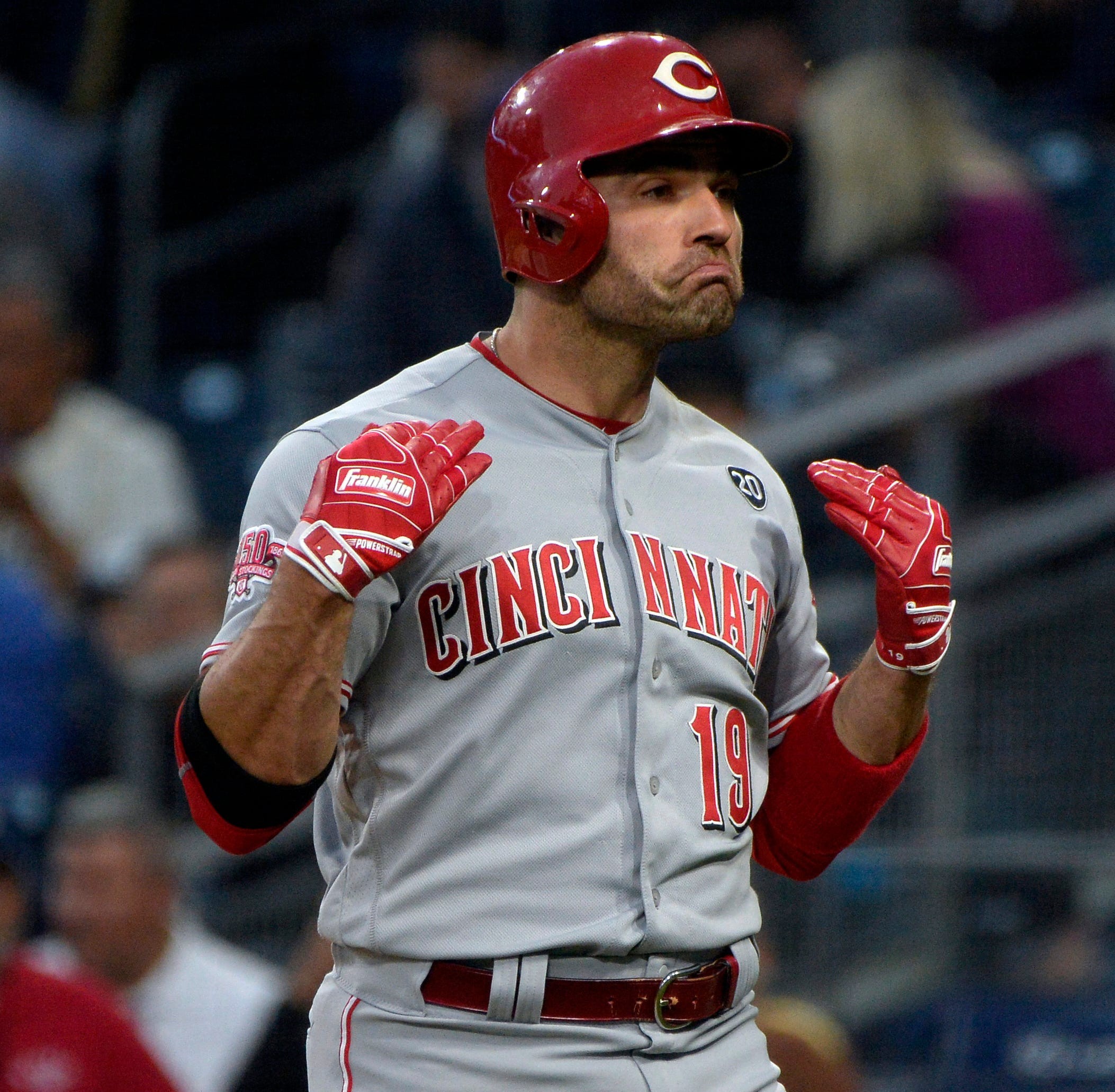 Joey Votto's leadoff home run sets tone for Cincinnati Reds in win over San Diego Padres