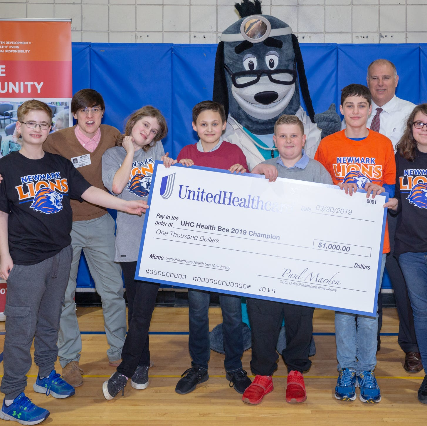 Newmark Middle School wins UnitedHealthcare Health Bee Competition