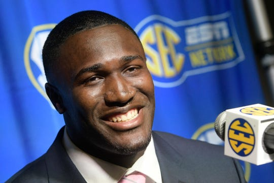 LSU's Devin White ran the fastest 40-yard dash by an inside linebacker at the NFL combine.