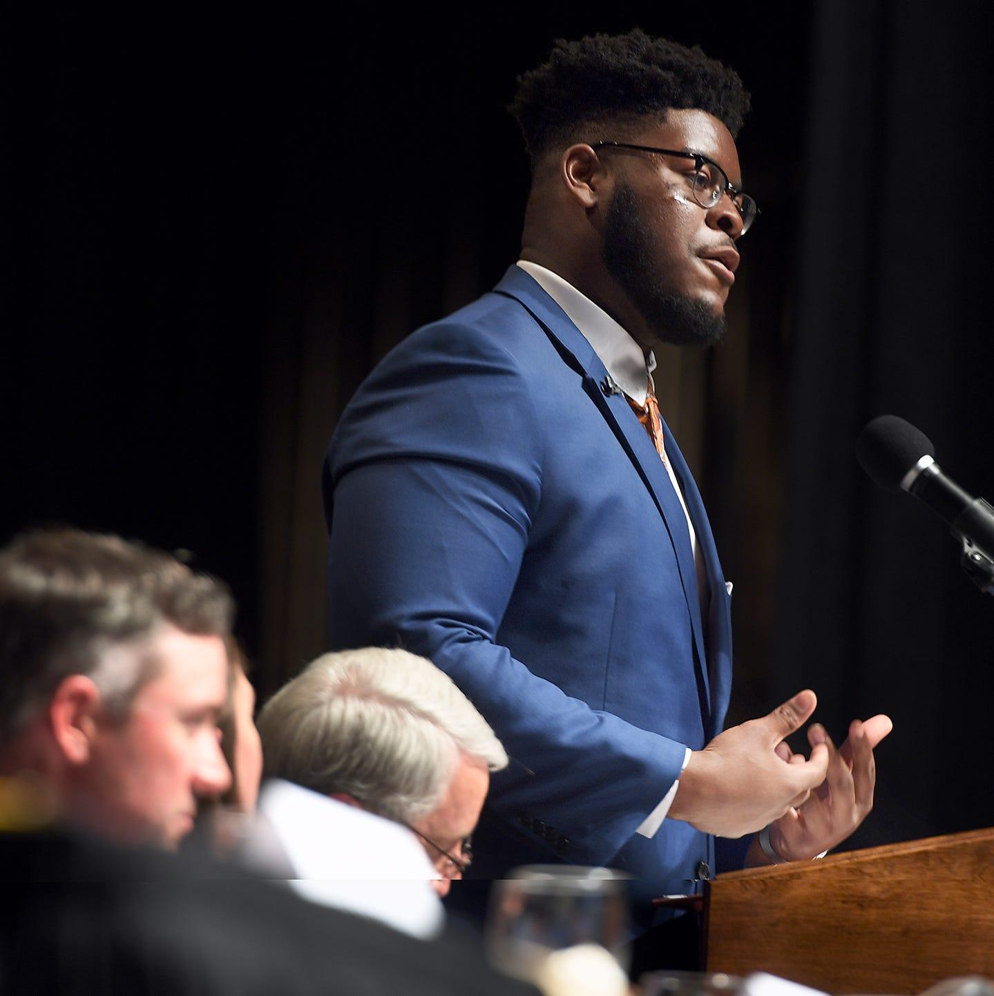 Tennessee football lineman, USJ grad Trey Smith, in limbo over health, speaks on inspiration