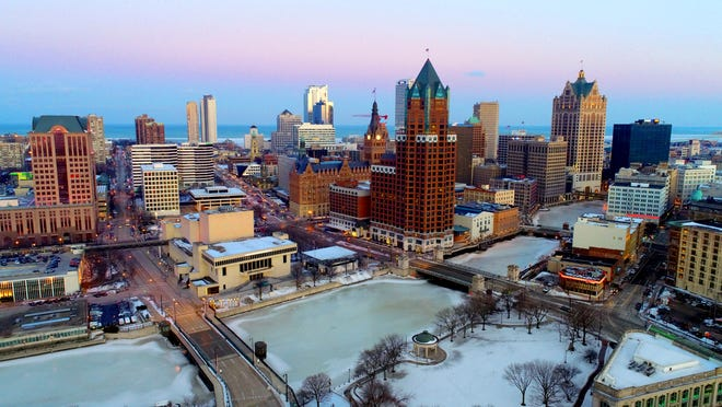 """Milwaukee looks so calm and respectable from the drone point of view. But the new """"Milwaukee Noir"""" anthology suggests some tawdry things are going on here."""