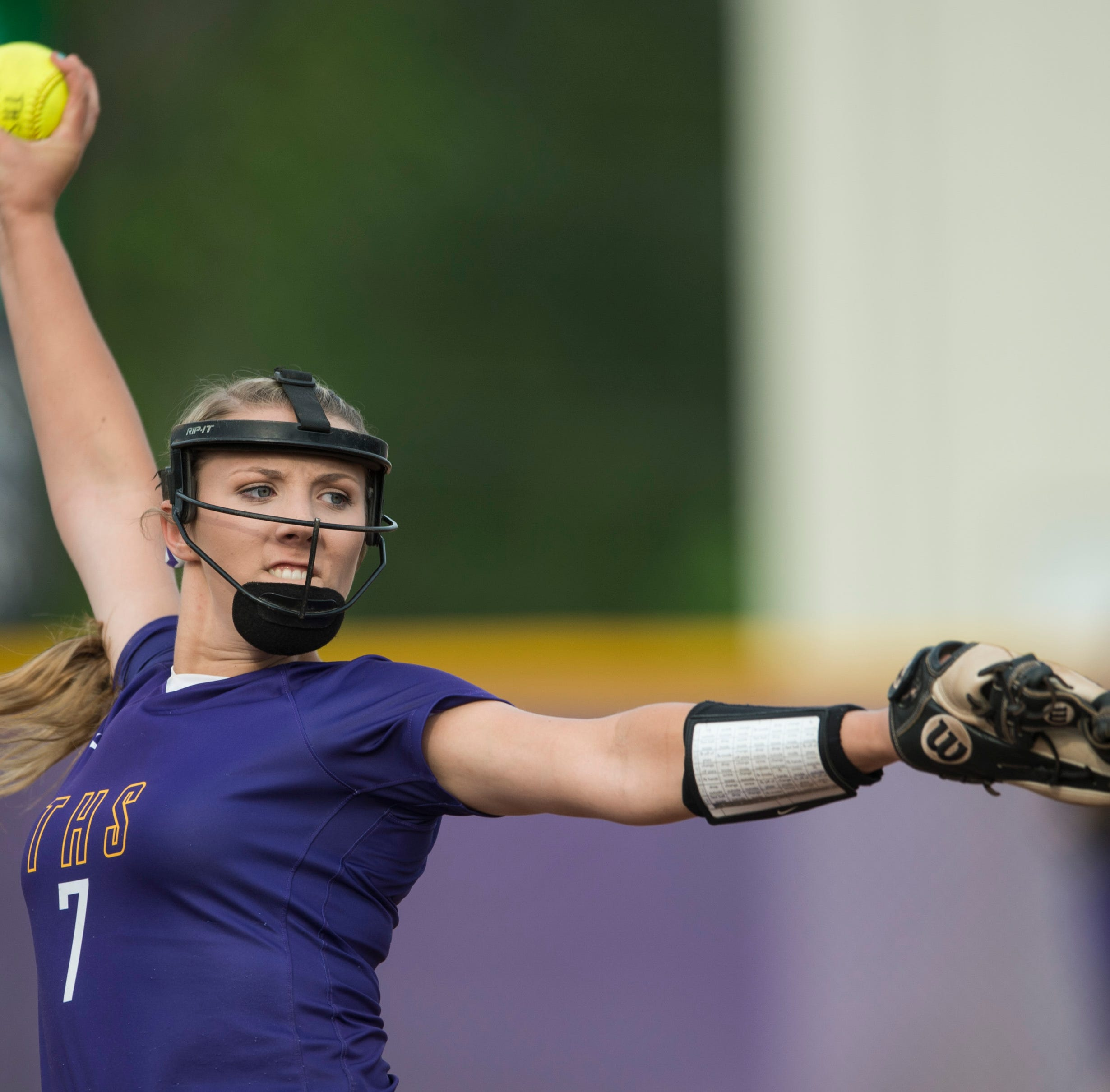 Tallassee's Jordan Walters (7) pitches at Southside Middle School in Tallassee, Ala., on Thursday, April 18, 2019. Prattville Christian defeated Tallassee 12-10.