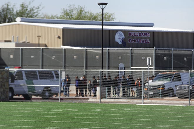 More than 2,000 immigrants have been dropped off by federal authorities in Las Cruces through Wednesday, April 24, 2019. That's since the Border Patrol first began dropping off migrants in Las Cruces on April 12. Most migrants stay only about a day or two before getting transportation to places around the United States to await court hearings.