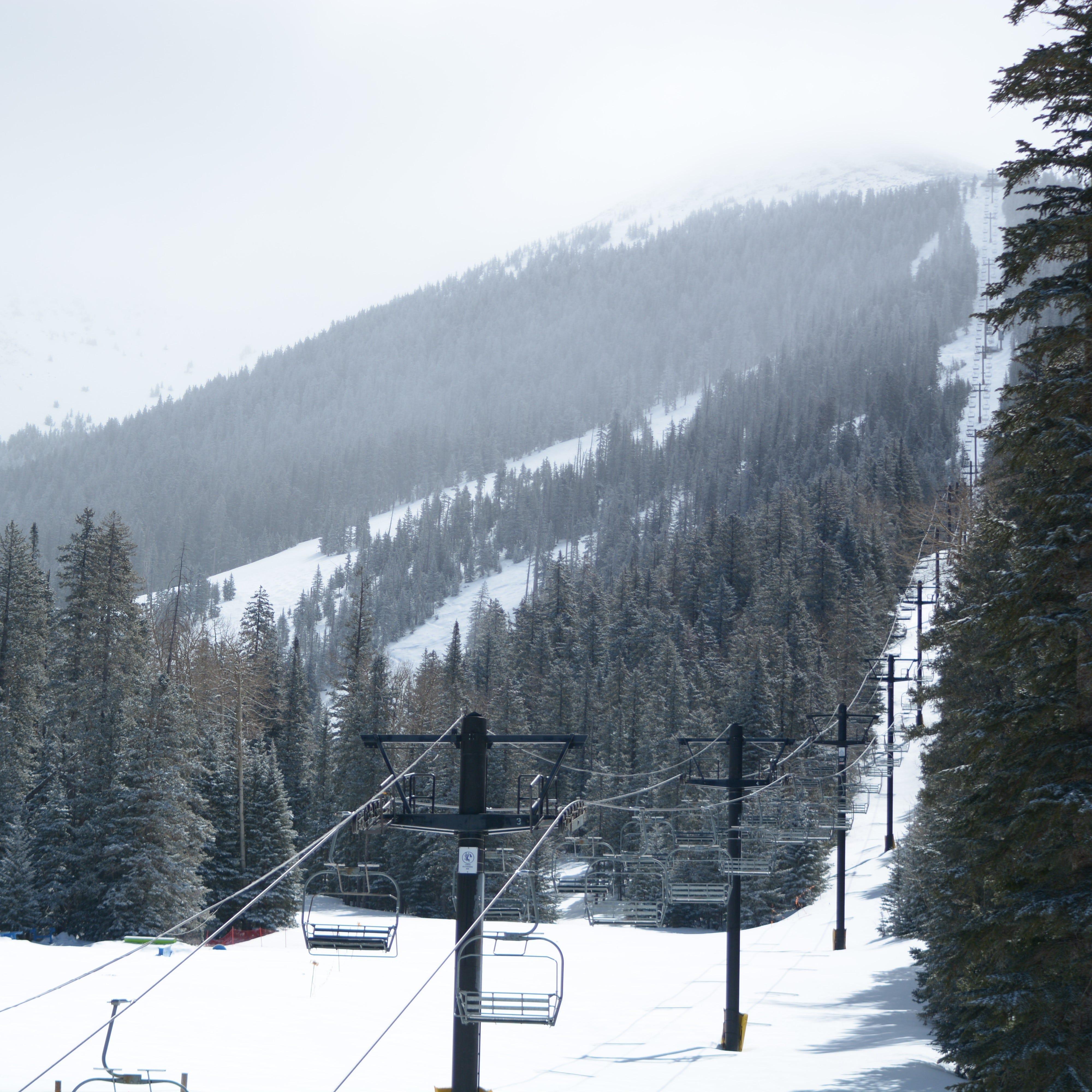 Arizona Snowbowl ski resort planning to stay open