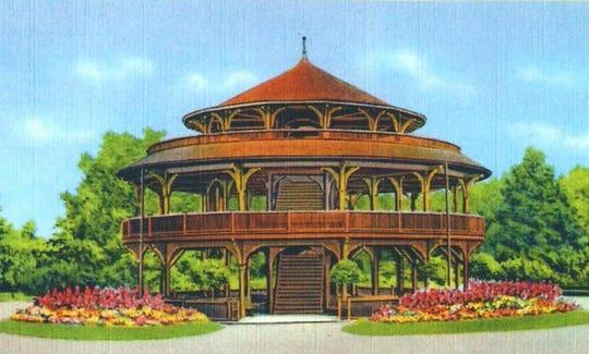 A color postcard showing the Highland Park Children's Pavilion.