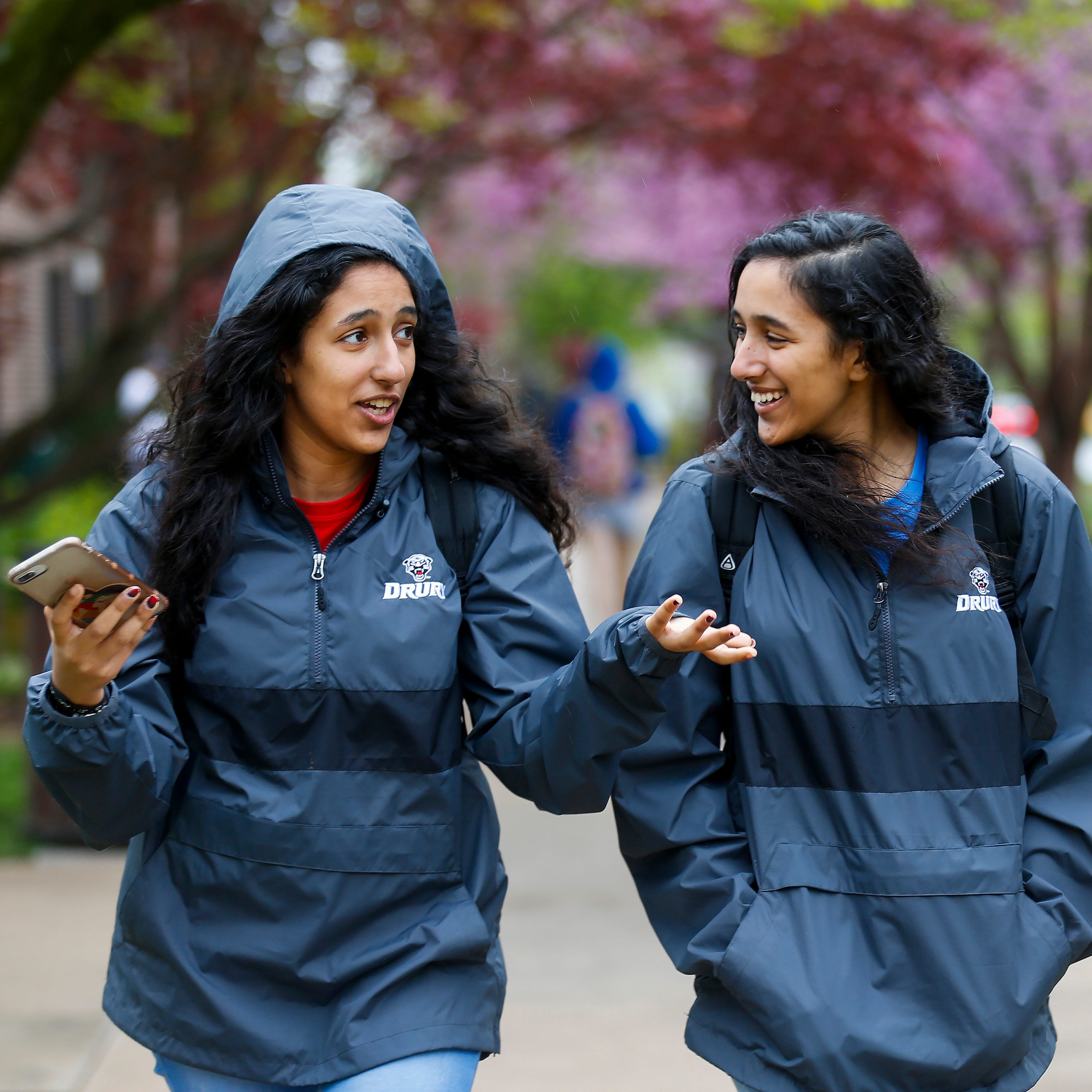 Double-take: Egyptian twins turn heads, make difference at Drury University