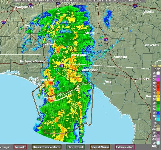 A line of strong storms is moving into the Tallahassee area this morning.
