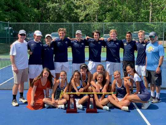 Maclay's boys and girls tennis teams swept the District 2-1A tournament this past week, winning all 14 positions.