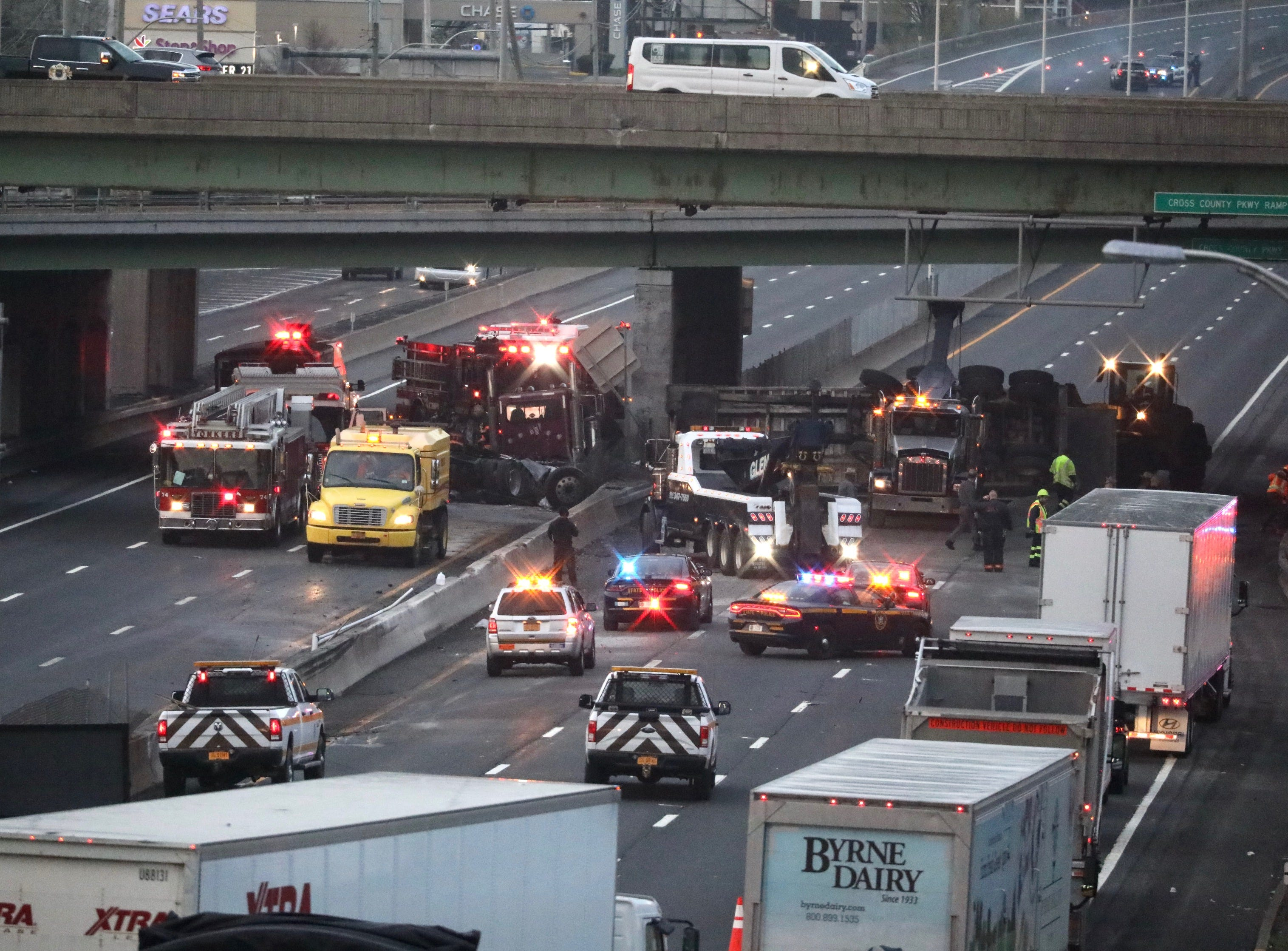 Traffic: Interstate 87 reopens in Yonkers after tractor