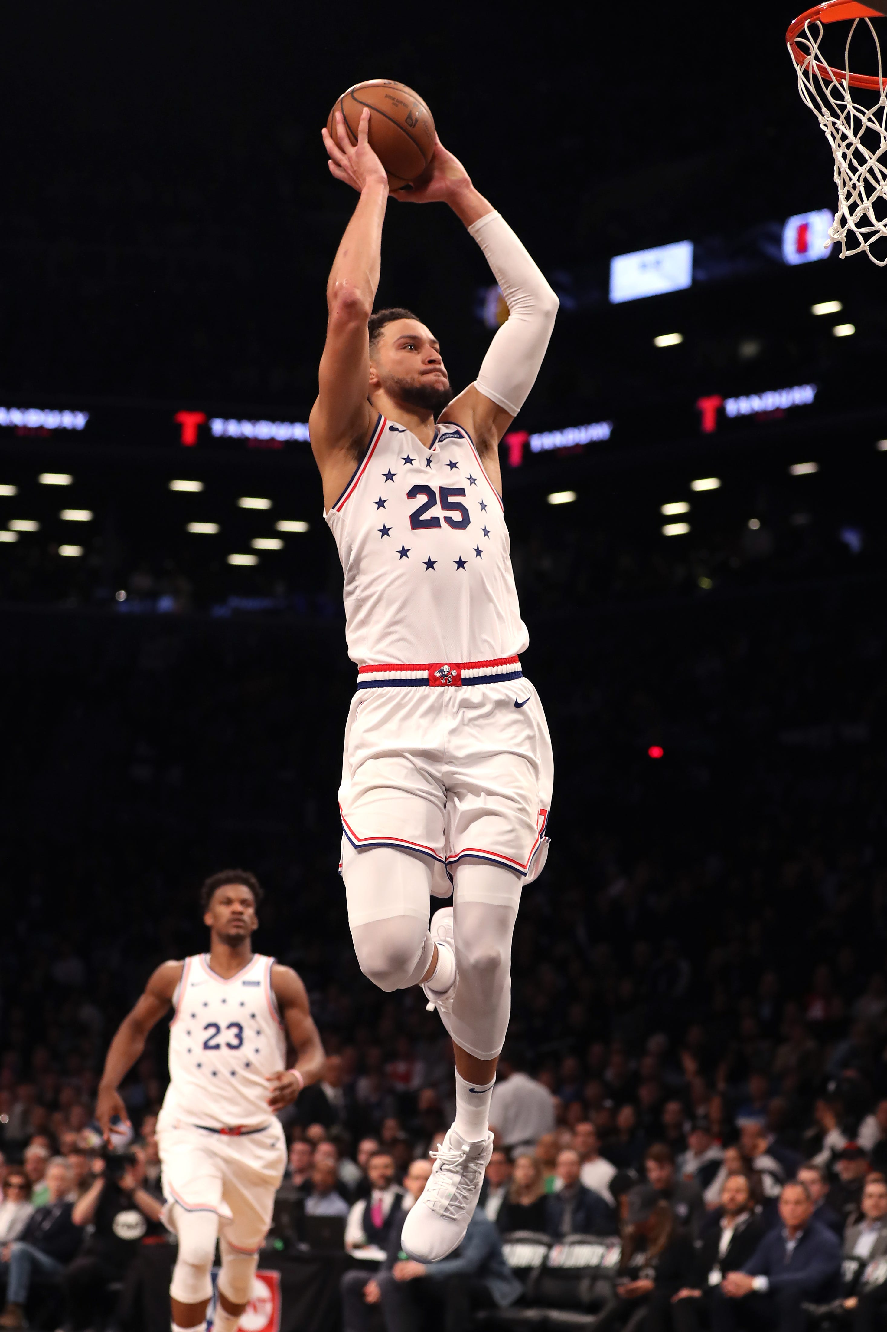 Sixers show off firepower to take down Nets in Game 3 for 2-1 series lead