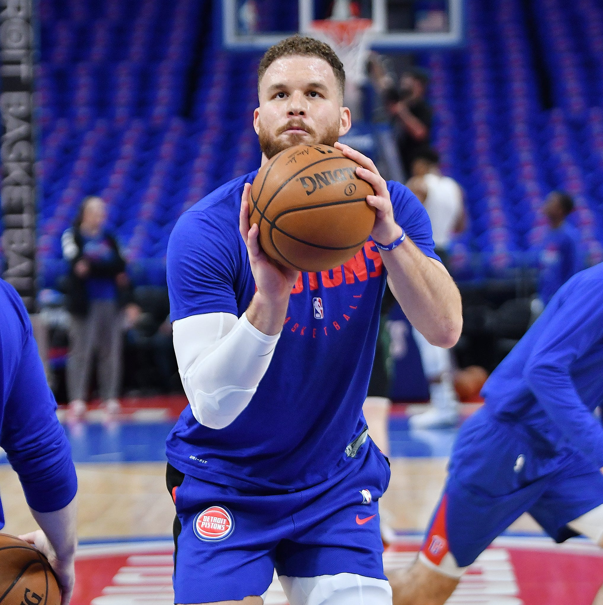 Pistons' Blake Griffin starts Game 3 vs. Bucks