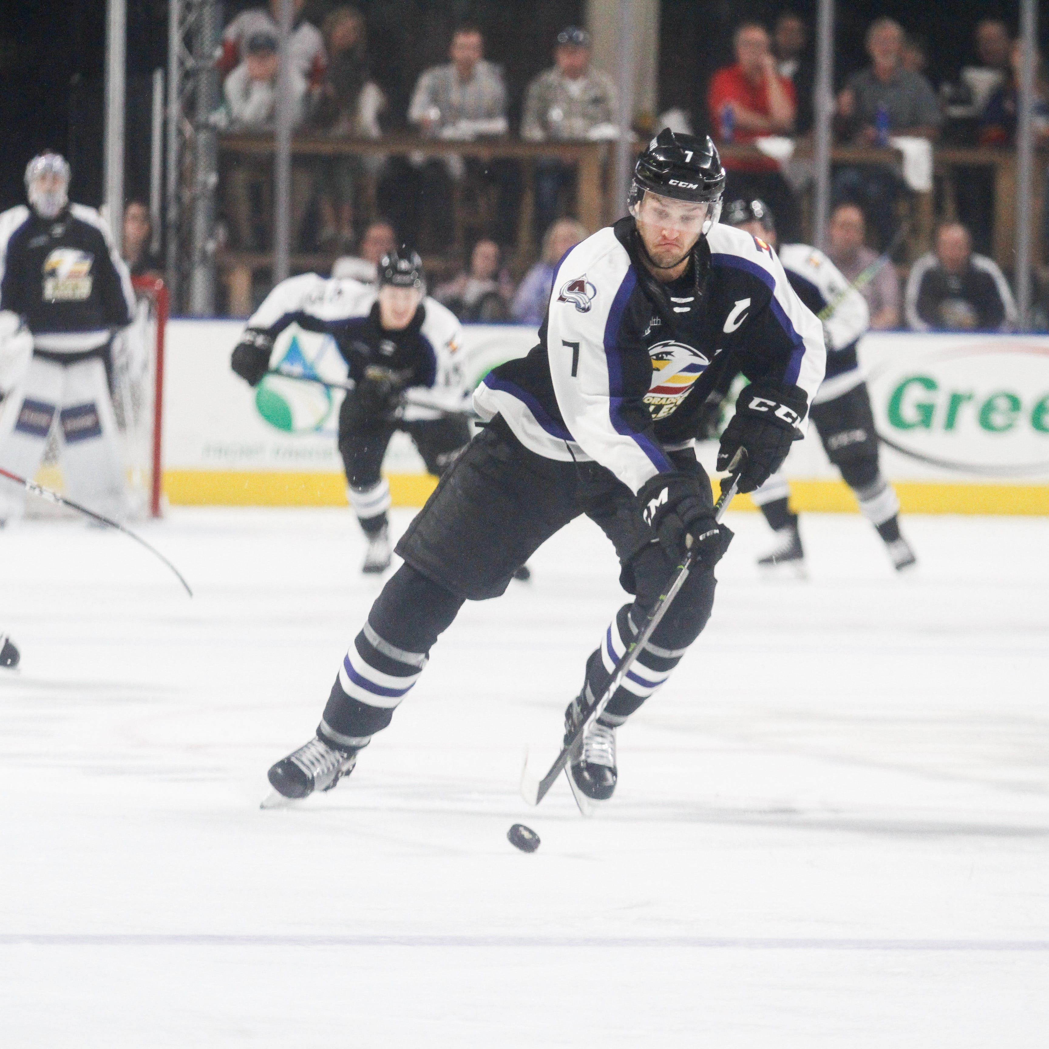 Colorado Eagles drop first game of AHL playoffs to Bakersfield