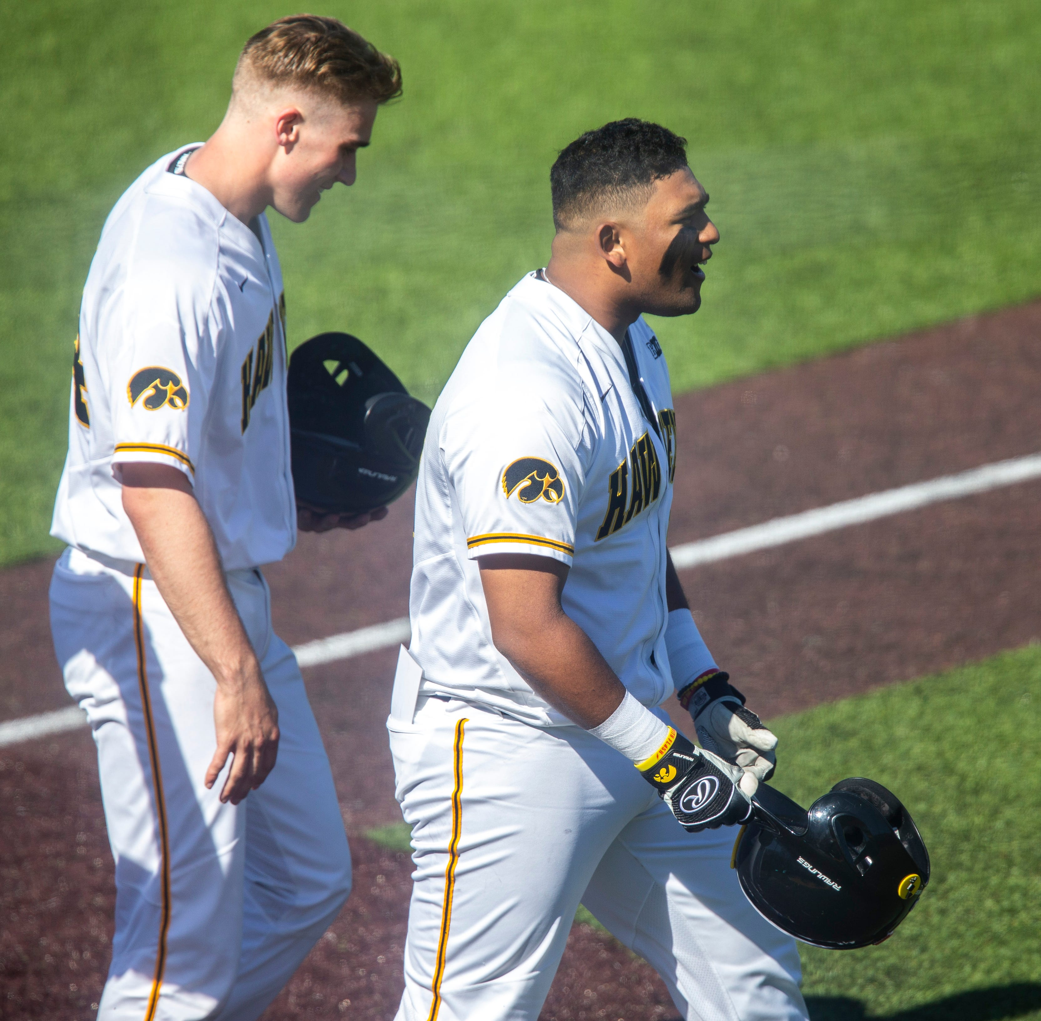 Emphatic fifth inning propels Iowa to 17-9 rout, series win over Nebraska