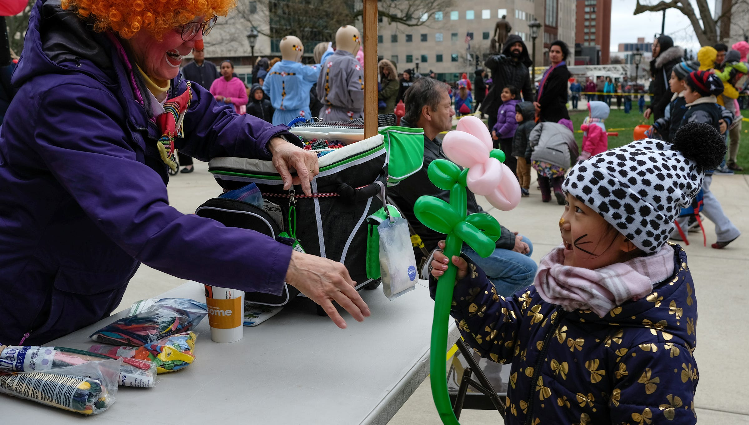 Hundreds turn out for the annual Lansing Jaycees Easter Egg Hunt at the Capitol