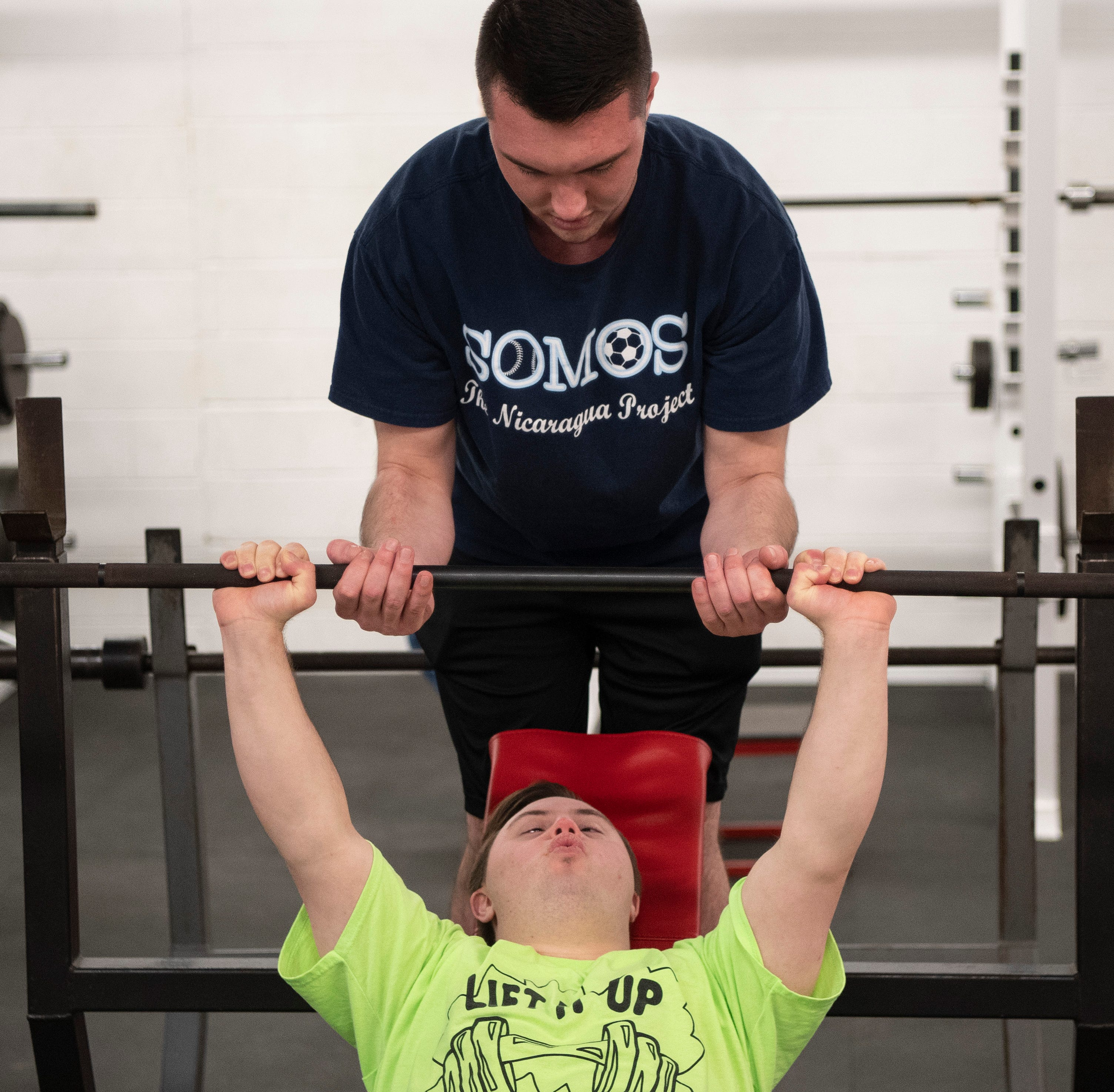 Challenger powerlifting program sharing burdens, building community