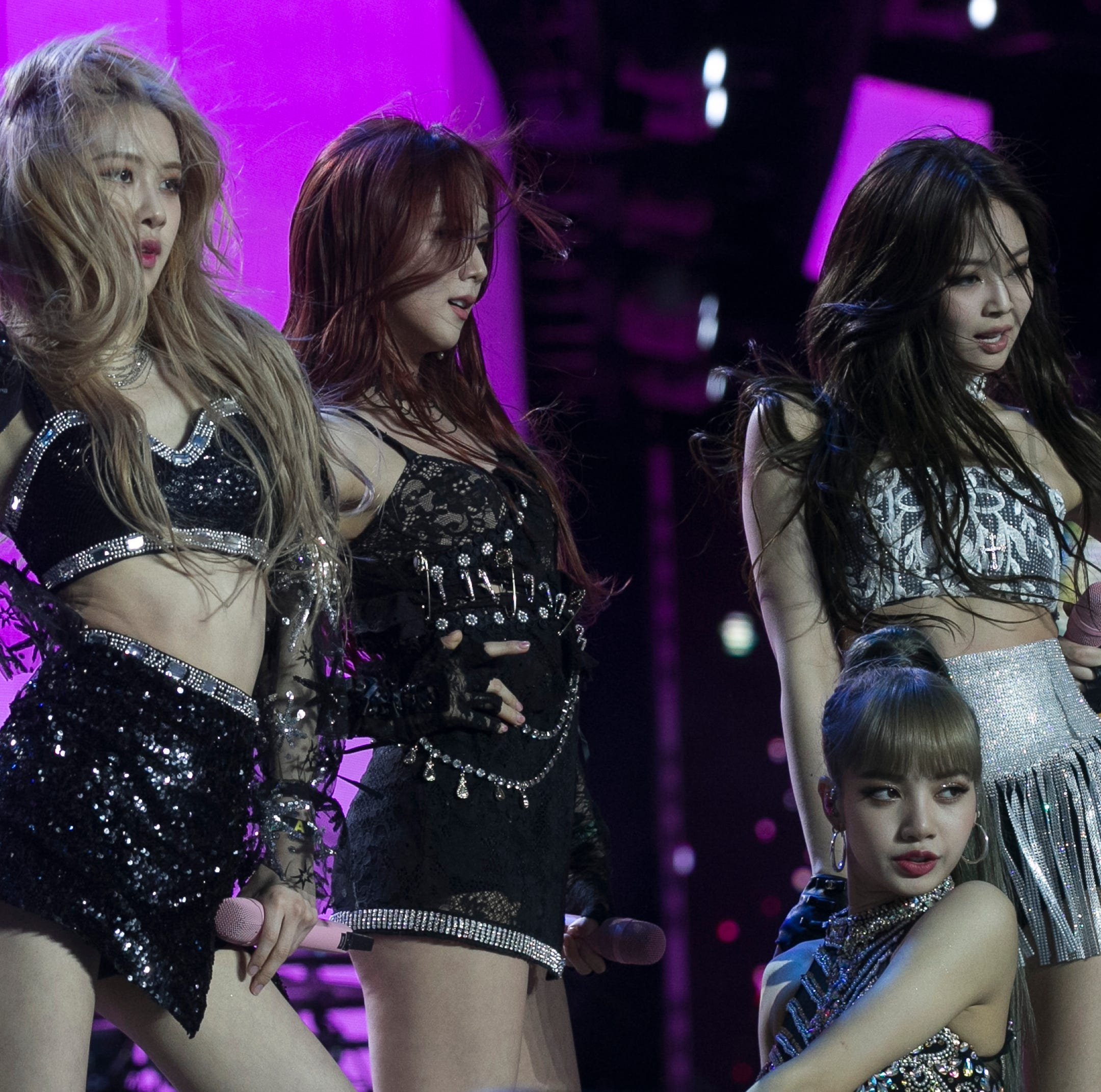 BLACKPINK performs instant replay of first Coachella set and no one is disappointed