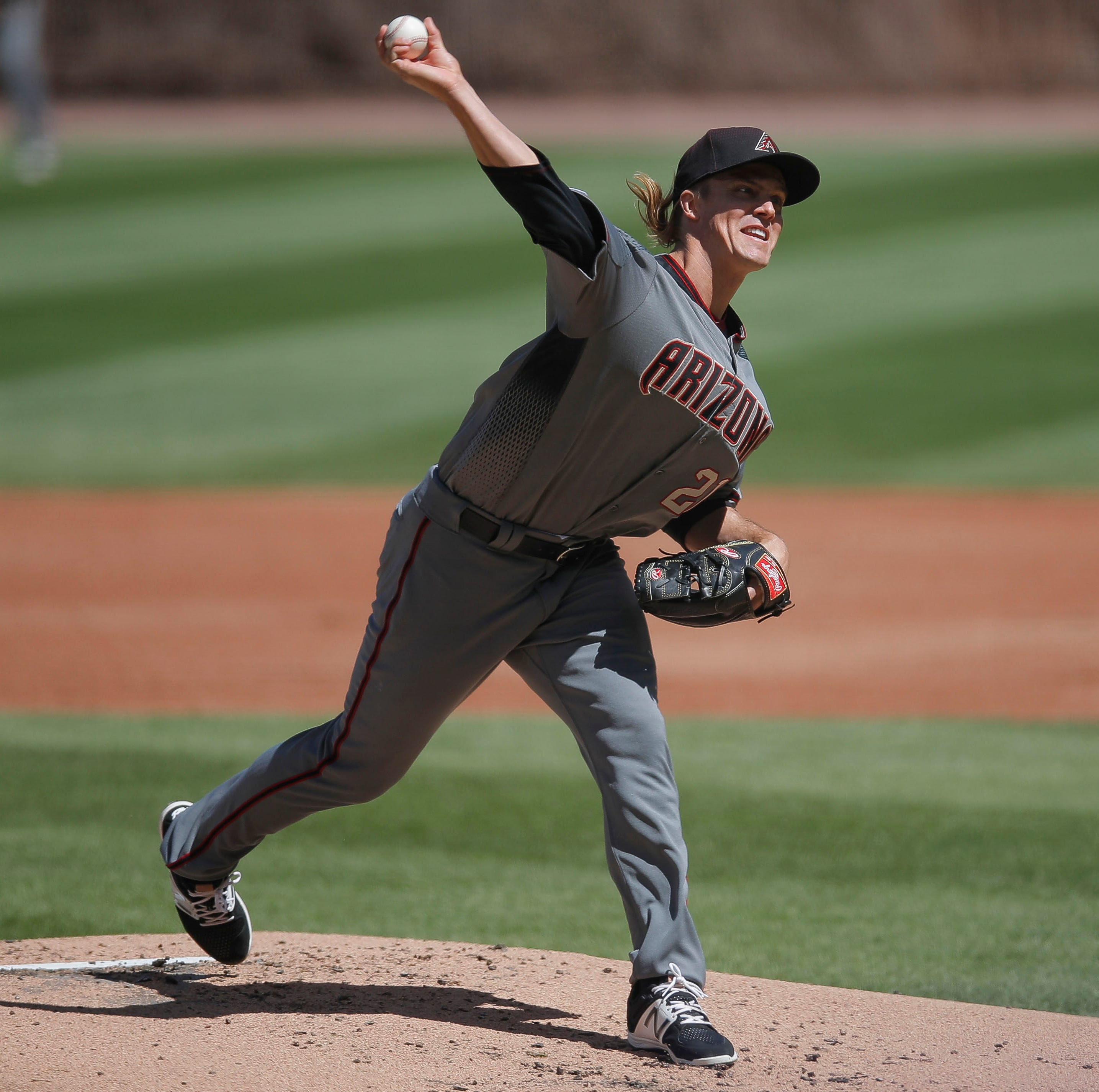Greinke sharp, Diamondbacks even series vs. Cubs
