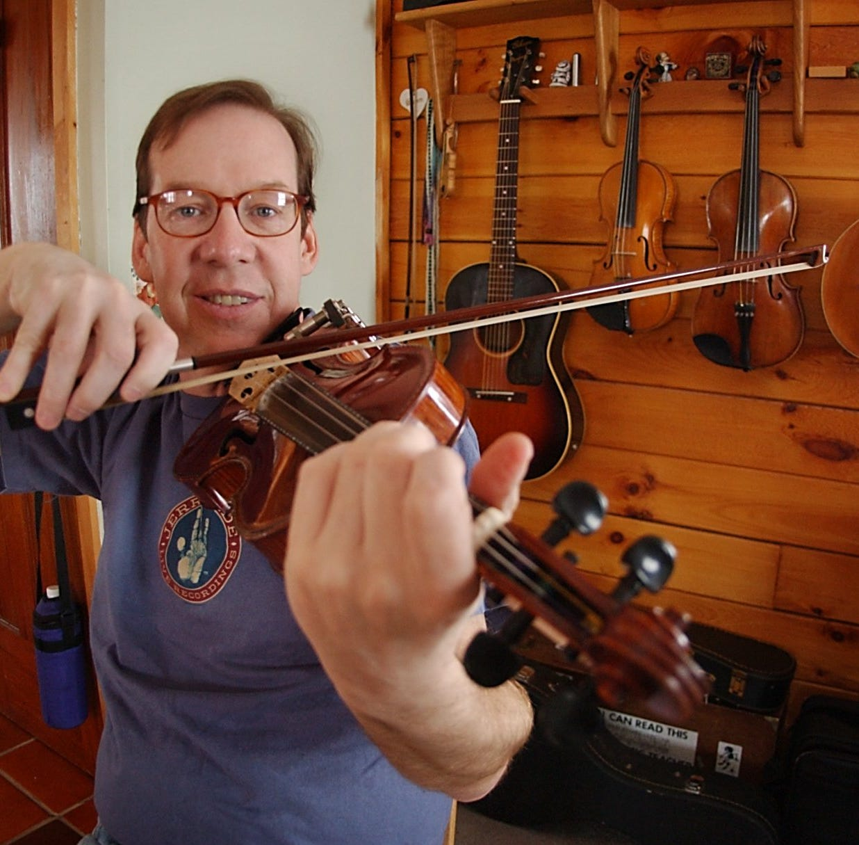 Joe Dady, Irish string musician, dies at 61