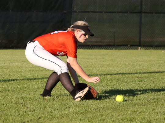 Burkburnett's Kelby Biner and the Lady Bulldogs are headed to the Region I-4A quarterfinals.