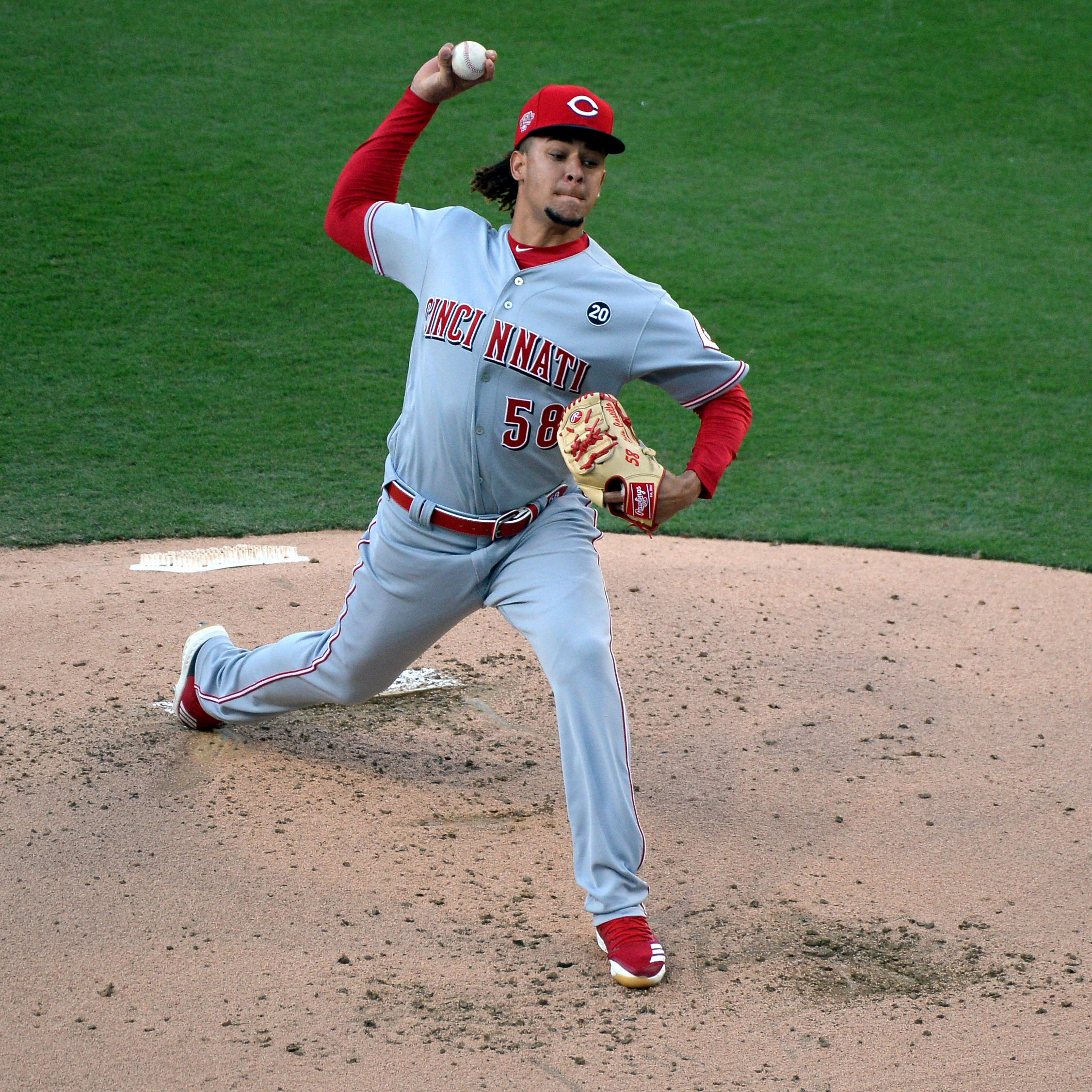 Luis Castillo continues his stellar season in Cincinnati Reds' win over San Diego Padres