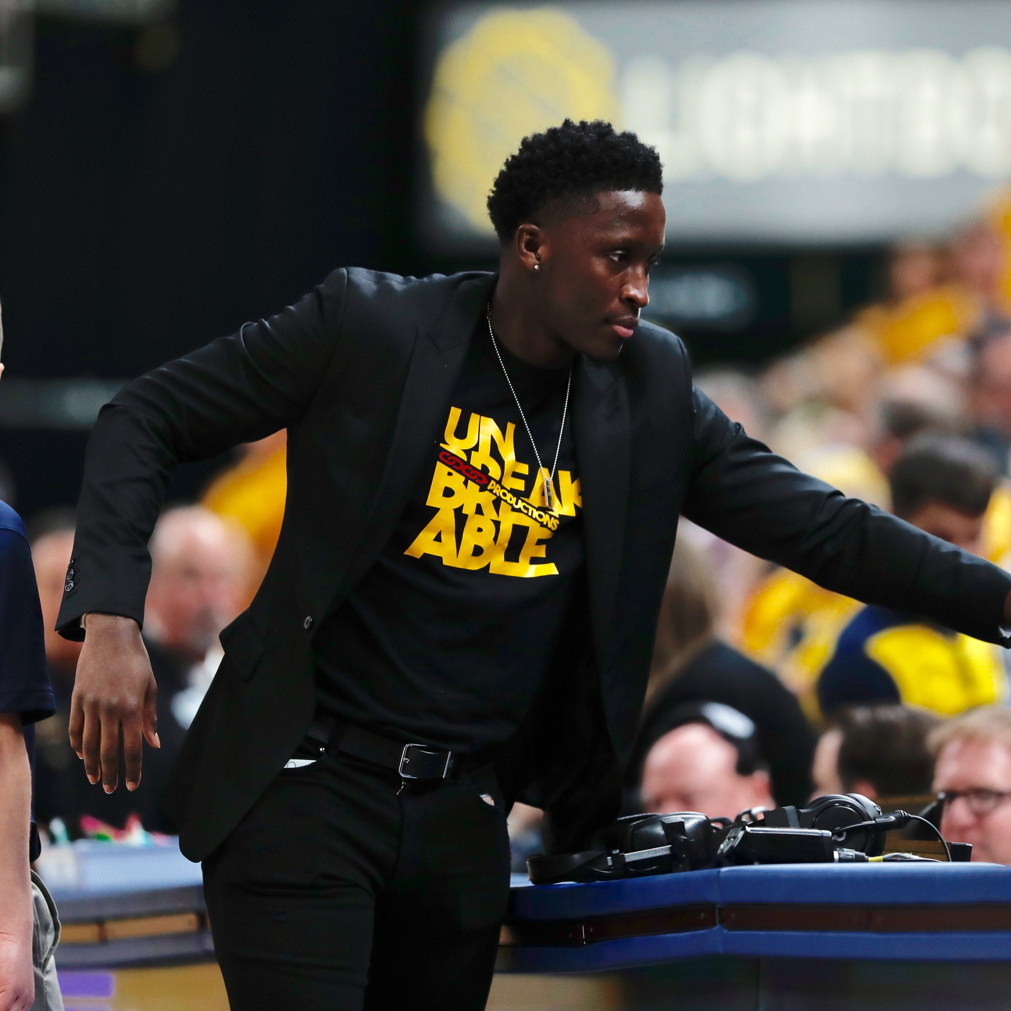 Victor Oladipo joins the Indiana Pacers for Game 4 against the Boston Celtics