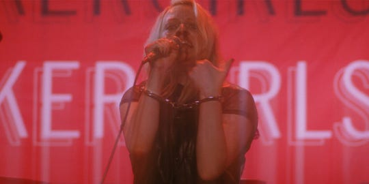 """Elisabeth Moss is a '90s punk star trying to make a comeback in """"Her Smell."""""""