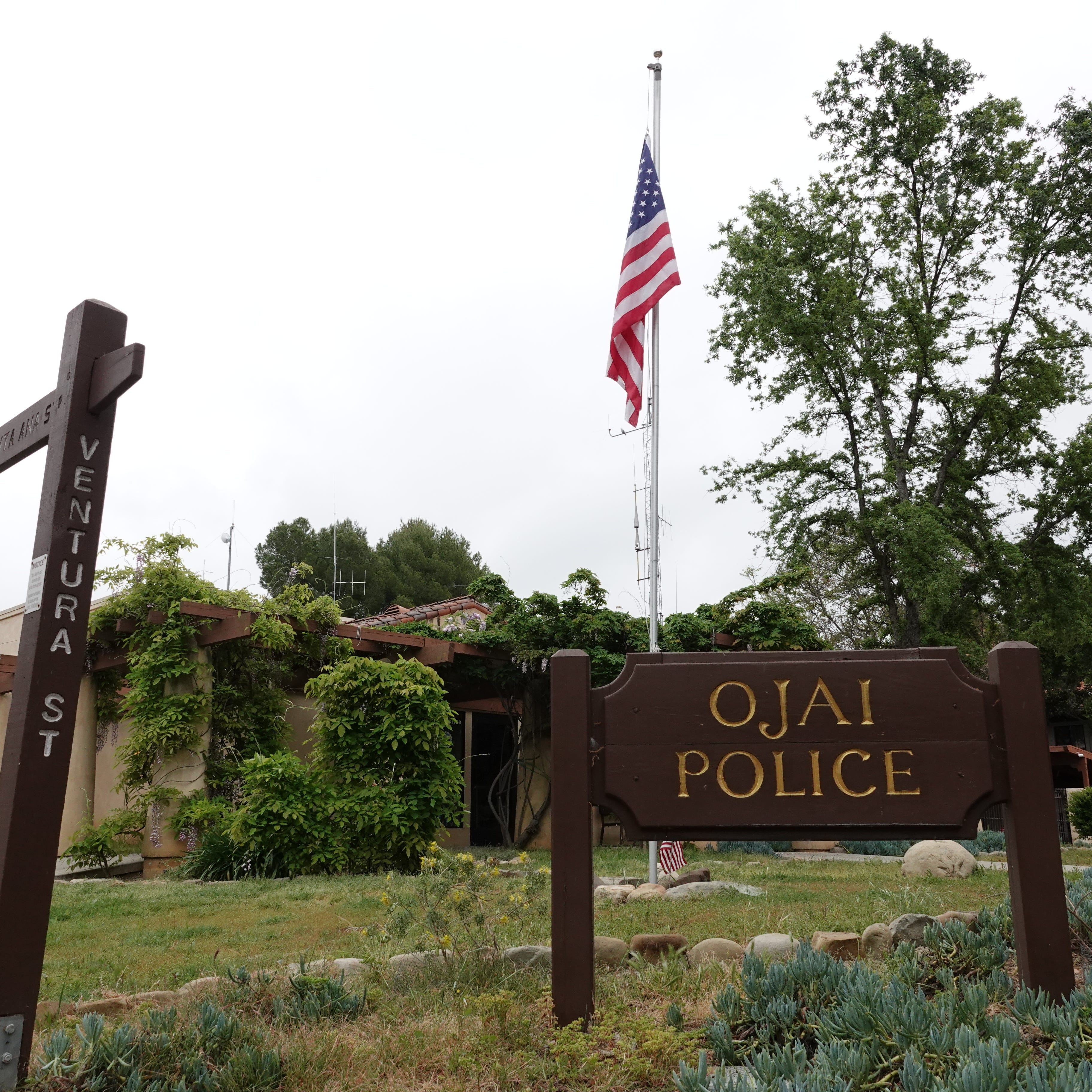 Pedestrian killed by vehicle in Ojai
