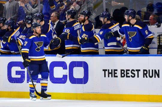 Left wing Jaden Schwartz (17) is congratulated by teammates after scoring his second goal of Game 6. He would add another in the third period for the hat trick.