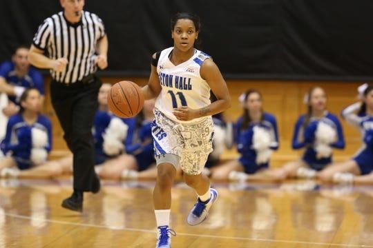 Women's basketball star Ke-Deidre Simmons is among the members of Seton Hall's 2019 Hall of Fame class.