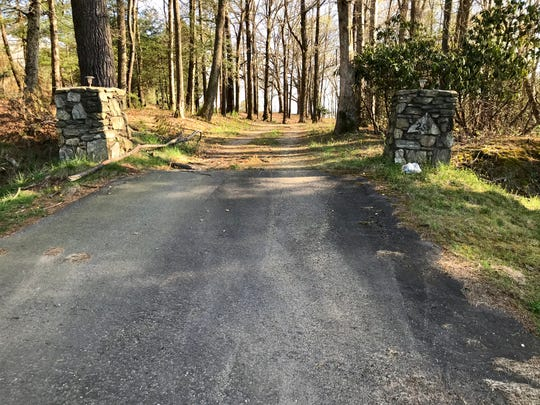 This 7.7-acre site on Long Shoals Road likely will be developed in 2020 for commercial and/or retail use. It was once owned by the Sasser family.