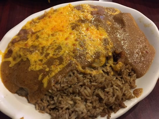 The Combination Plate at Oye' Amigo's featuring 'gravy' covered enchiladas as Bill's Bites takes a visit to celebrate Cinco de Mayo.