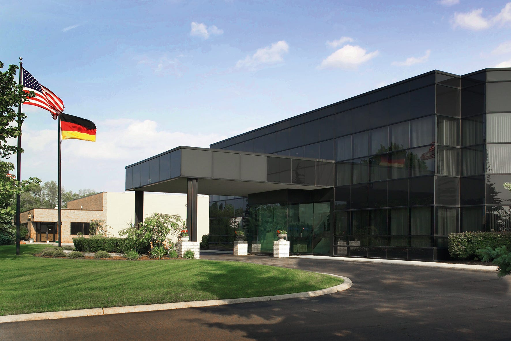 German Auto Supplier To Open Plant Employing 400 In Plymouth Township