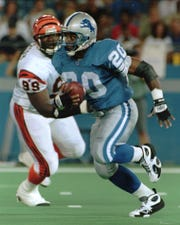 Barry Sanders (20) rushed for more than 15,000 yards in 10 seasons with the Lions.