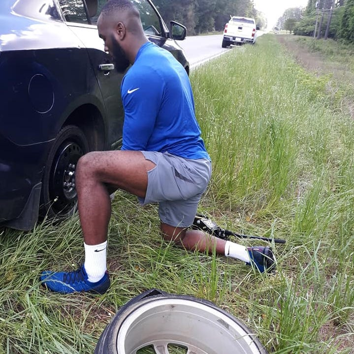 The story behind why NFL linebacker and SC native Darius Leonard, made a stop for a good Samaritan tire change