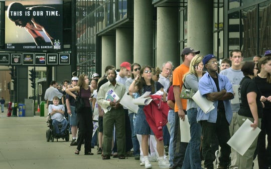 Milwaukee Bucks fans wait outside the Bradley Center, on Wednesday, May 2, 2001, for a chance to buy tickets to their team's second round playoff game against the Charlotte Hornets. am.