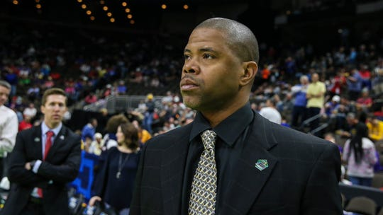 Former Belmont assistant James Strong has joined Jerry Stackhouse's staff at Vanderbilt.