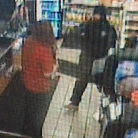 Sheriff: Suspect points gun at clerks and robs truck stop