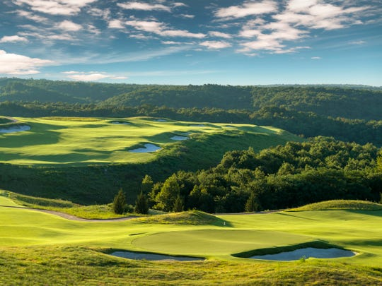 The third and fourth holes at Ozarks National.