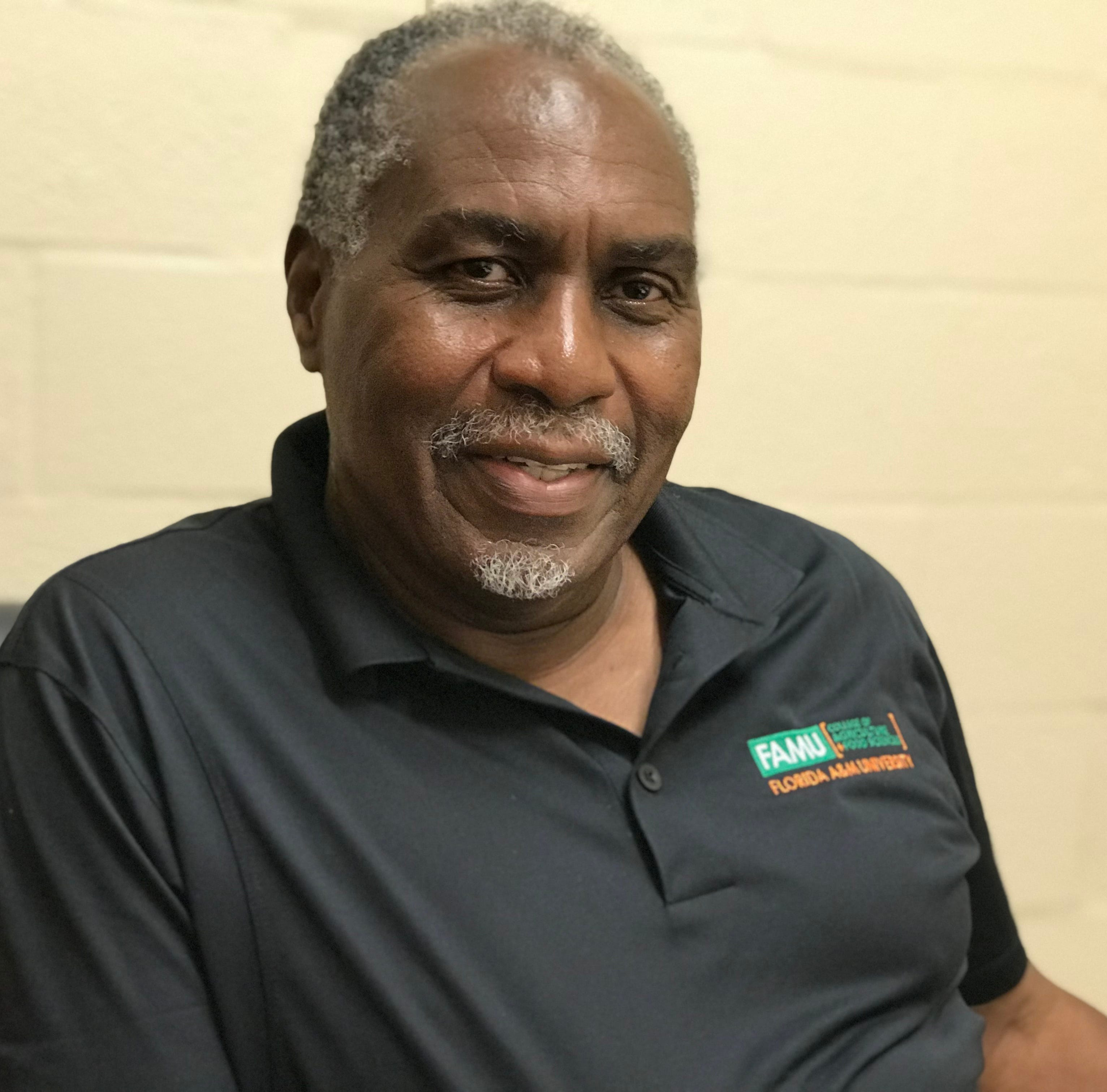 """Florida A&M University professor Charles Magee awarded patent for """"cooling vest"""""""