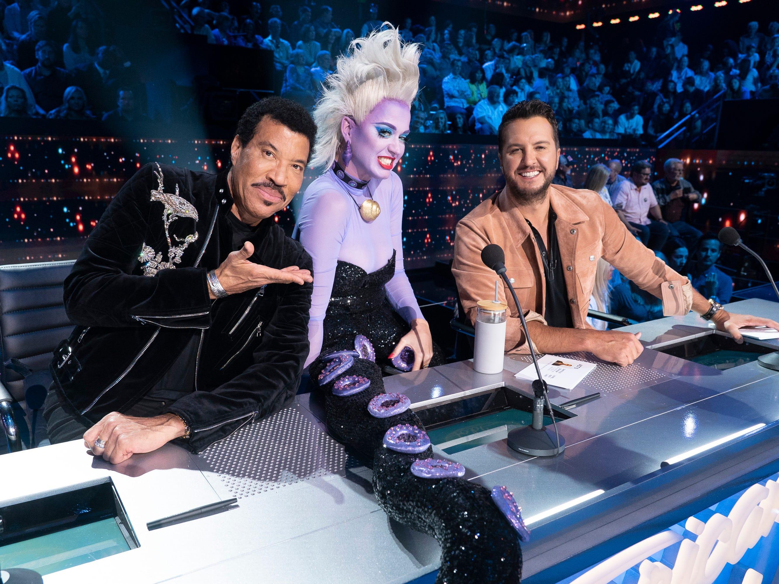 'American Idol': Katy Perry dresses up on cringeworthy Disney night but Wade Cota shines