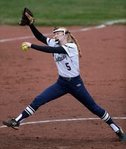 Appleton North High School's Bailee Fritz (5) pitches against Hortonville High School during their girls softball game Monday, April 22, 2019, in Appleton, Wis. Dan Powers/USA TODAY NETWORK-Wisconsin
