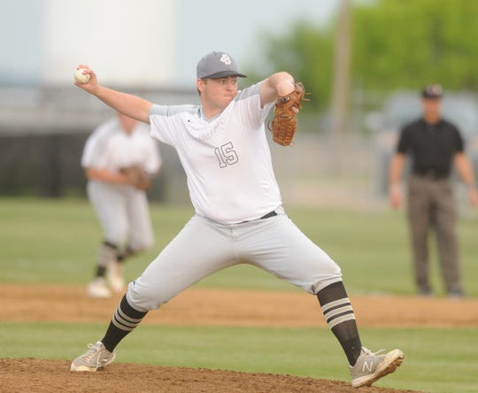 Clyde senior Riley Rice delivers a pitch in a District 5-3A baseball game against Jim Ned on Monday.